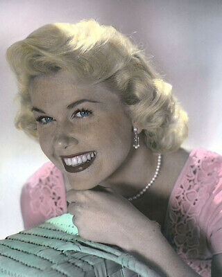 "DORIS DAY HOLLYWOOD ACTRESS & MOVIE STAR 8x10"" HAND COLOR TINTED PHOTOGRAPH"