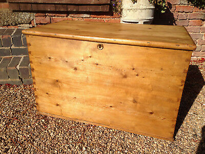 Stunning Large Victorian Pine Blanket Chest/Box in Lovely Condition