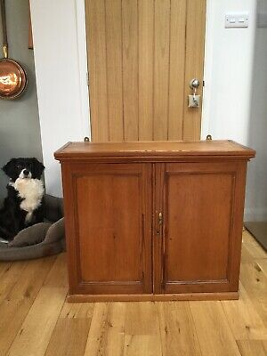 Antique Victorian pine wall cupboard / cabinet