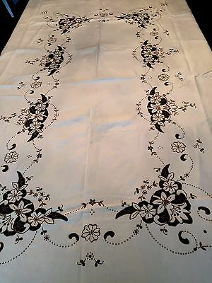 """Absolutely Exquisite Hand Embroidered MADEIRA Tablecloth 100"""" x 70"""""""