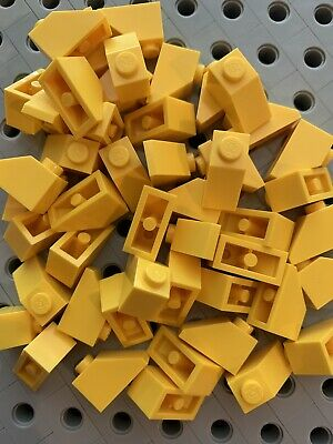Lego 1x2 Green Slopes Roof Tile 1x2//45° Bricks 1x2 New Lot Of 48