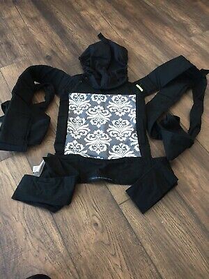 5a50fad9ec3 INFANTINO SASH WRAP and Tie Baby Carrier