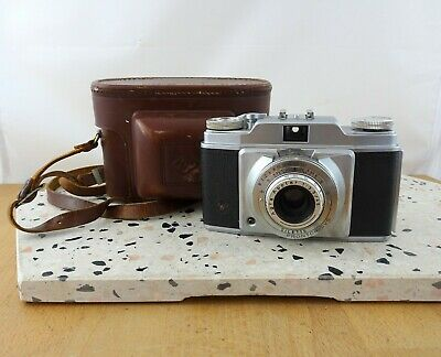 Vintage Agfa Silette 35mm Rangefinder Camera with Case
