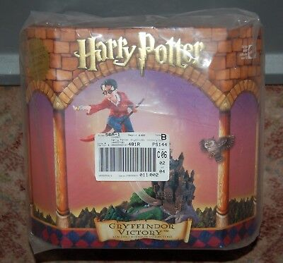 New Harry Potter Gryffindor Victory Collectible Figure Ltd Edition Statue Mattel