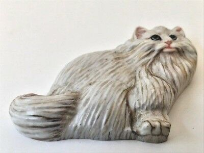 Set of two flat cats paperweights decorative collector pieces so very realistic