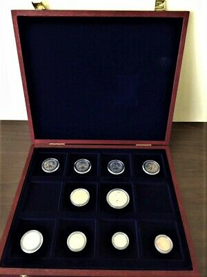 2007 Philadelphia - United States Mint uncirculated coin set in Cherry Wood Case