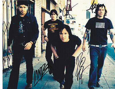Music Beautiful Billy Talent Signed 8x10 Inch Photo Inperson In Germany Look Rock & Pop