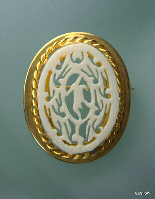 Vintage Chinese Carved  Brooch Pin