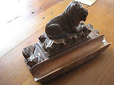Beautifully Carved Black Forest Lion Inkwell / Stamp&Pen Holder 1850-1899 Superb