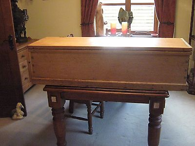 LOVELY LARGE VICTORIAN BEECH COFFEE TABLE,BLANKET OR TOY BOX,CHEST 130 cm