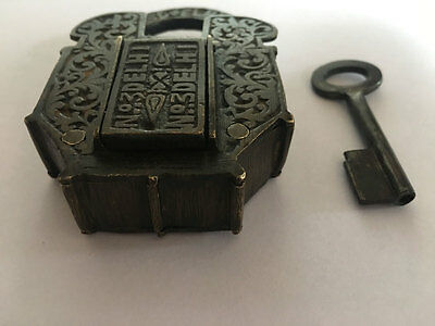 001 An old Antique Solid Brass Padlock Lock Collectible trick puzzle with key