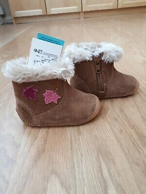Girls fluffy ankle boots size 2.5 M&S BNWT Tan with pink