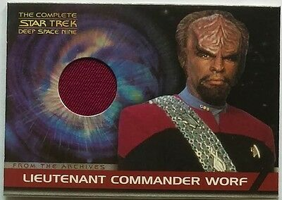 The Complete Star Trek Ds9 Costume Card - Cc2 Worf (Red)