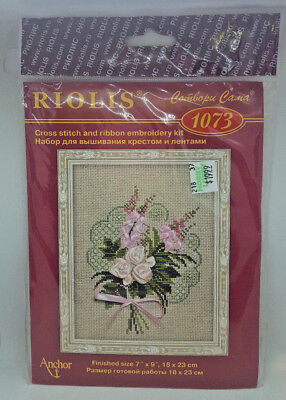 RIOLIS CROSS STITCH KIT 1073 Pink Ribbon Flowers Bouquet Embroidery