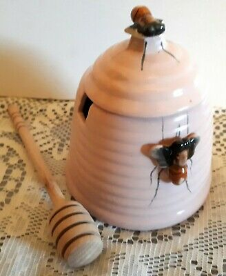 Retro Vintage 50s Kitsch Pink Ceramic Honey Pot Bee Hive - Bee on lid + Dipper