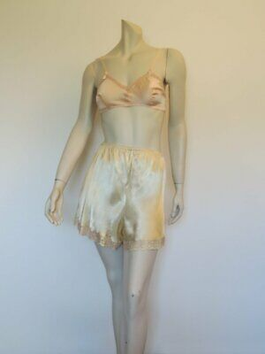 Pale Gold Satin Tap Pants, French Knickers, Scanties, With Variegated Lace  - Me