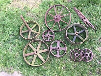 Miscellaneous wheels and a small pulley