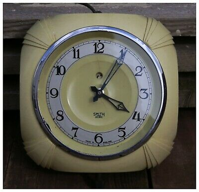 Vintage Smiths Sectric Art Deco Yellow Bakelite Wall Kitchen Clock.