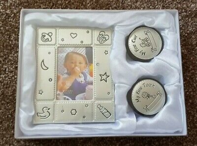 Unisex new born baby gift set