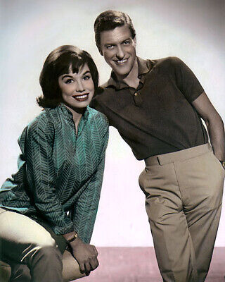 """MARY TYLER MOORE, DICK VAN DYKE HOLLYWOOD ACTORS 8x10"""" HAND COLOR TINTED PHOTO"""