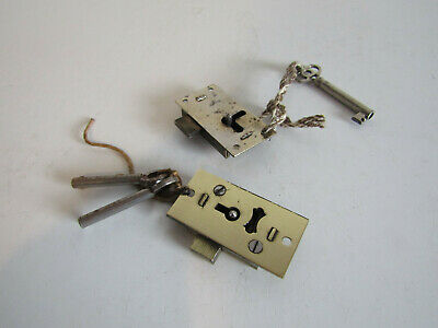 Vintage 2 x Lever English Made Small Cupboard Cabinet Door Locks & Keys
