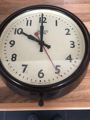 "SMITHS SECTRIC  VINTAGE BAKELITE  ELECTRIC WALL CLOCK. 10"" (26cm)"