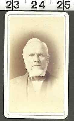Vintage Old Antique 1800'S Cdv Photo Of Older Man With Beard Wearing Bowtie(V135