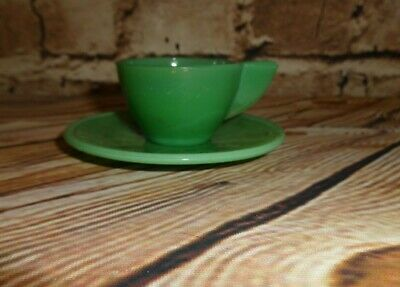 Vintage AKRO AGATE Inside Panel Style Child Size 2 PCS Green Cup & Saucer