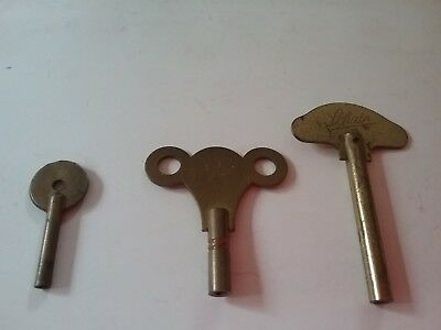 Small Collection Of Vintage Brass Clock Keys