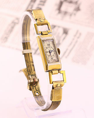 1940's Art deco Vintage SUPERA Swiss made mechanical wristwatch, cal. ETA 746