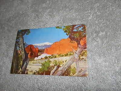 Vintage - Post Card ( C )  Gateway To Garden Of The Gods - Pikes Peak