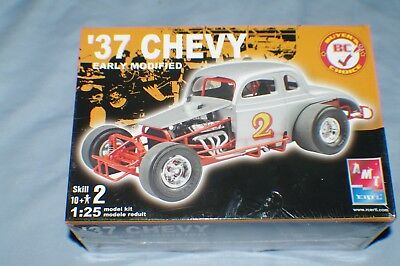 Vintage 2005 1/25Th Scale '37 Chevy Early Modified Model Kit Sealed