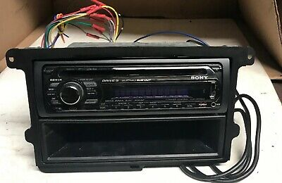 SONY CDX-GT610UI AM/FM CD Player Satellite iPod USB (Untested Might on
