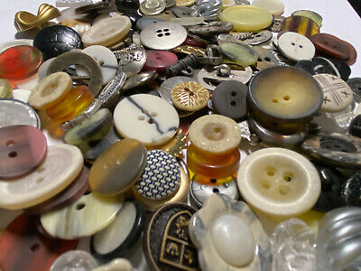 NICE MIX! 100 pcs MIXED LOT of OLD-VINTAGE & NEW Buttons ALL TYPES & SIZES