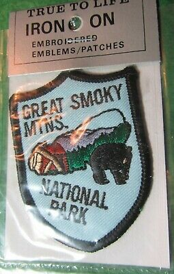 Vintage Great Smoky Mtn National Park Embroidered Iron-On Patch Tennessee Travel