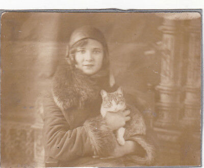 1920s Pretty young woman in hat with cat best friends old Russian antique photo