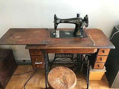 1906 Antique Singer Treadle Sewing Machine 7 Drawer Table + Accessories