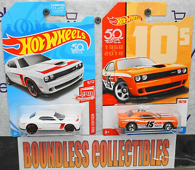 Hot Wheels 2018 50th Anniversary Target Throwback #10 /'15 Dodge Challenger SRT