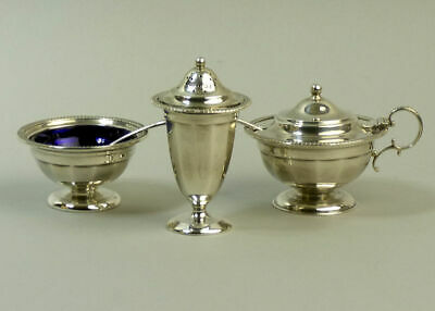 George V Antique Silver Cruet Set With Glass Liners Sheffield 1913 - 258 Grams