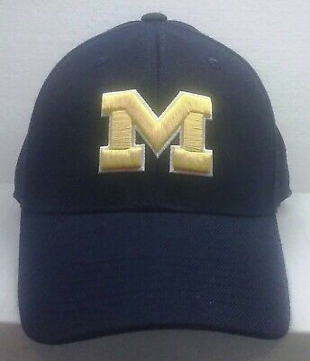 wholesale dealer 7a42c c1fe0 Top of the World MICHIGAN WOLVERINES ONE FIT WOOL HAT Cap Official NCAA New