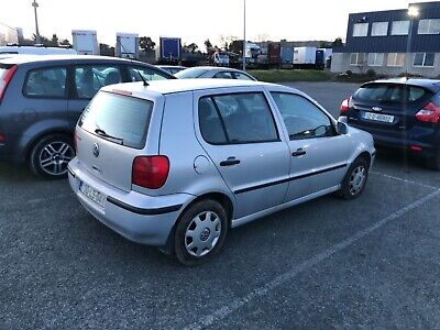 Volkswagen Polo 1.0 Hatchback 5 Speed Manual 2000