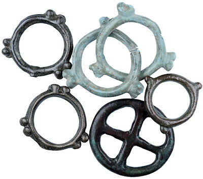 FORVM Celtic Ring Money 6 Rings 2 Interlocked Nice Patinas Black Sea Region
