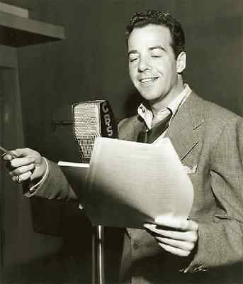 Adventures of Philip Marlowe - 105 Old Time Radio Shows - Mp3 DVD