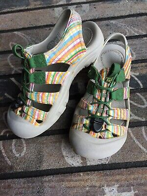 5cc1a47318730 KEEN BOYS GIRLS SUNSPORT WATER SANDALS Colorful pattern YOUTH SIZE 3