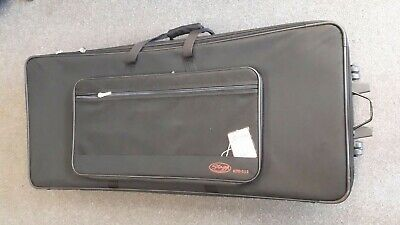 Stagg KTC-115 padded soft case for stage piano/keyboard, with wheels, unused