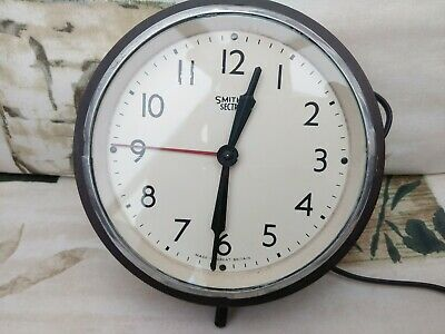 Smith's Sectric Bakelite 1940's Electric Wall Clock