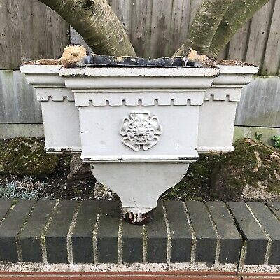 Antique Rain Water Hopper Heavy Cast Iron Tudor Rose Lead Lined Architectural