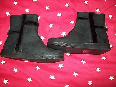***Sale***New Black Detailed Boots Girls Size 12 Free P&P Uk Only ***
