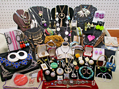 Vtg To Modern Massive 96 Piece Assorted Mixed Estate Costume Jewelry Lot Lb A61