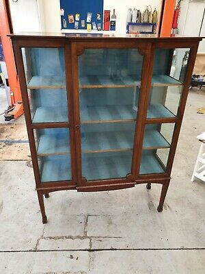 Vintage/Antique Mahogany Display Cabinet